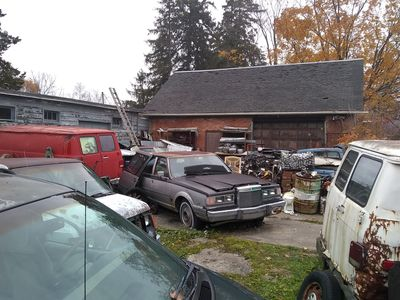 LICENSED WRECKING YARD FOR SALE IN S/W ONTARIO
