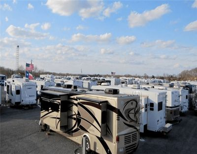 RV/BOAT storage + 11 acres for Sale in Gulf Breeze, FL