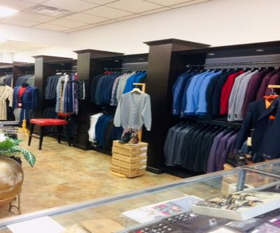 EUROPEAN DESIGNERS FASHION CLOTHING BOUTIQUE FOR SALE IN NORTH YORK