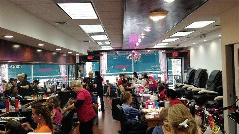 Upscale Beauty Salon for Sale in Kendall