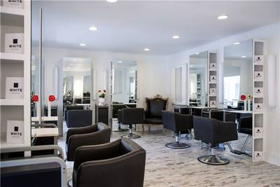 Central Avenue St Petersburg Westend Salon for Sale