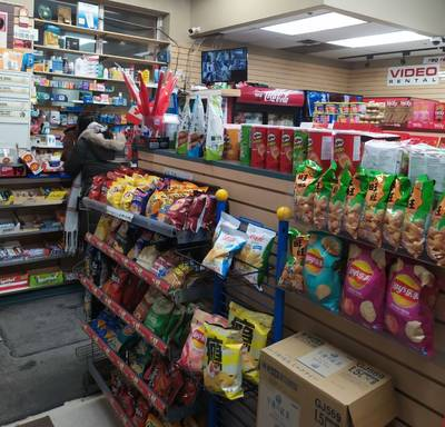 CONVENIENCE FOR SALE AT BAY AND COLLEGE