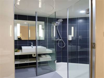 Design and Installation of Glass & Mirrors Business for Sale in Broward County