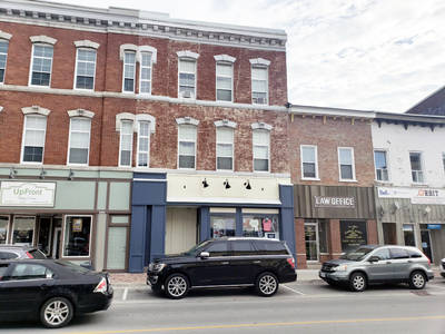 MIXED USE BUILDING FOR SALE