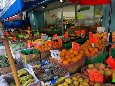 GROCERY STORE ON DANFORTH FOR SALE