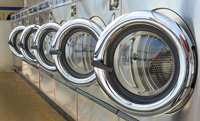LAUNDROMAT WITH WASH & FOLD IN NEWMARKET
