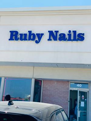 NAIL SALON FOR SALE IN MISSISSAUGA