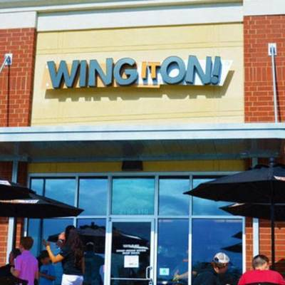 Wing it On! Fast-Casual & Takeout Restaurant Franchise Opportunity
