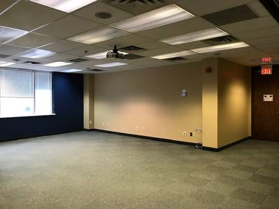 Executive Office for Lease in Woodbridge