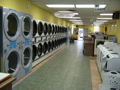 PROFITABLE COIN LAUNDRY WITH PROPERTY_TORONTO