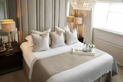 98 ROOM FRANCHISE HOTEL FOR SALE