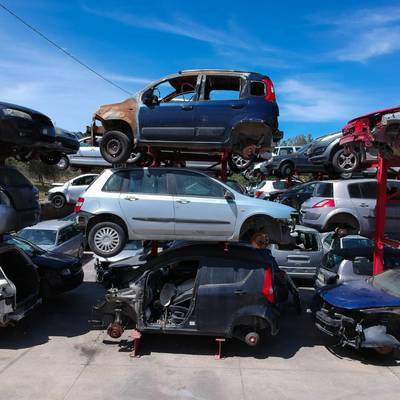 PROFITABLE SCRAP CARS & METAL RECYCLING BUSINESS WITH 50+ ACRE LAND