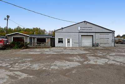 USED HEAVY TRUCK PARTS BUSINESS FOR SALE WITH INDUSTRIAL BUILDING AND LAND