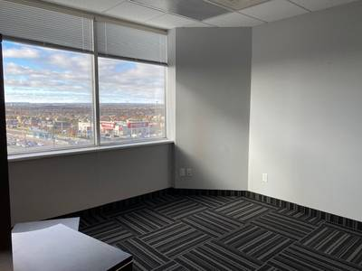 OFFICE SPACE FOR LEASE Vaughan -2,712 sf