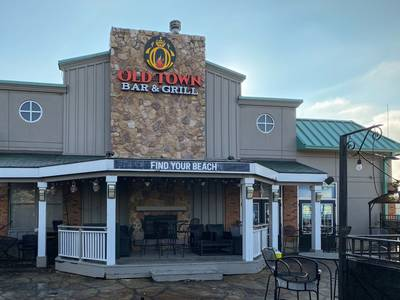 RESTAURANT FOR SALE - MISSISSAUGA - AAA LOCATION
