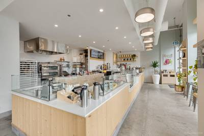 Specialty Bakery and Cafe Franchise Restaurant for Sale in Vancouver, BC