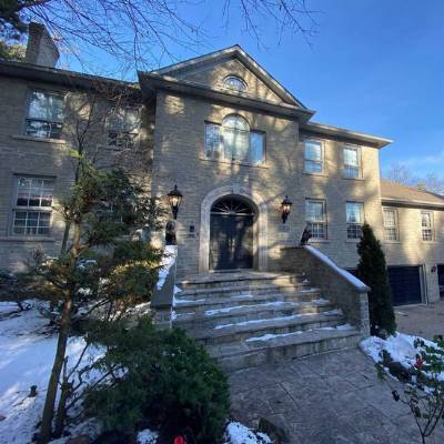 Private Gated Family Estate House for Sale in Hamilton, ON