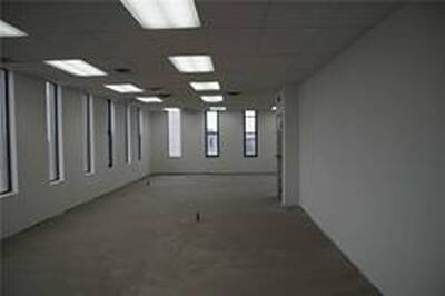 Well Maintained Large Office Building Spaces for Lease in Mississauga, ON