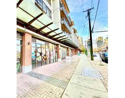 Great Storefront Exposure Retail Space for Sale in Burnaby, BC
