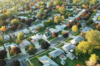 SINGLE RESIDENTIAL LOT FOR SALE IN YORK