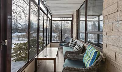 BUNGALOW FOR SALE IN STANLEY PARK