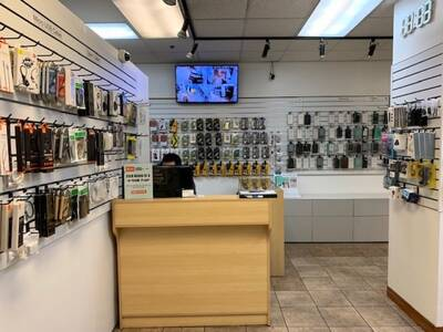 Great Location Cell Phone Repair Shop in Vancouver, BC