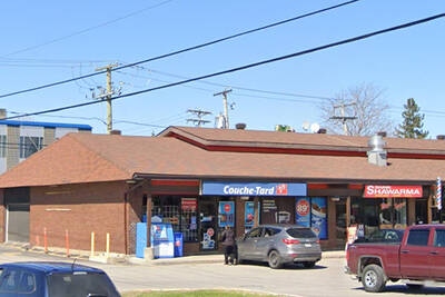 High Traffic Mac's Convenience Store for Lease in Gatineau, QC