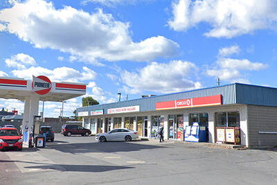 High Traffic Gas Station with Circle K Convenience Store for Lease in Cornwall, ON