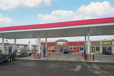 Busy Gas Station with Circle K Convenience Store for Lease in High River, AB