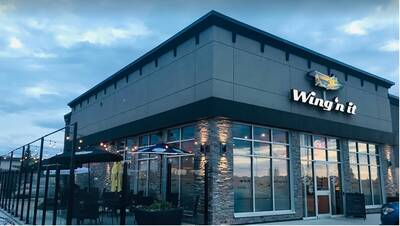 Wing'n It Franchise - New Build Location Available - Renfrew, Ottawa ON
