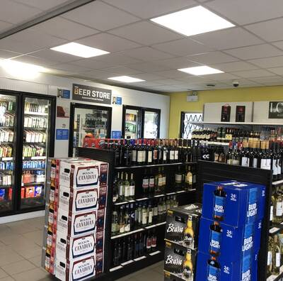 GAS STATION With LCBO/BEER & 5 BEDROOM HOME - NEAR OTTAWA