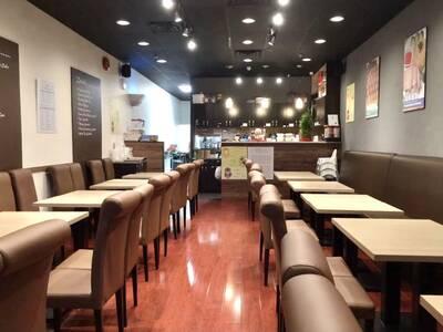 Surrey Centre Bubble Waffle Cafe  145-10090 152 Street