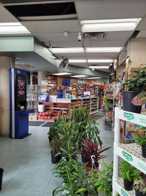 Corner convenience store in North York for sale surrounded by apartment with 2700 sqft space