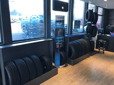 Tire & Automotive Service Centre