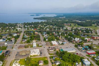 Longstanding, consistently profitable department store business in Thessalon For Sale, own your own Department Store!