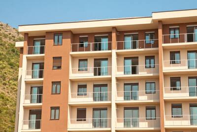 Apartment Building for sale/Cambridge