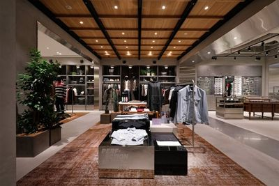 Newly renovated major brand store for sale
