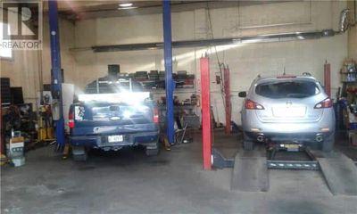 HAMILTON AUTO-GARAGE FOR SALE