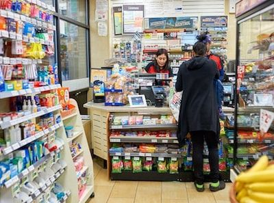 CONVENIENCE STORE + POPULAR SUB FRANCHISE FOR SALE